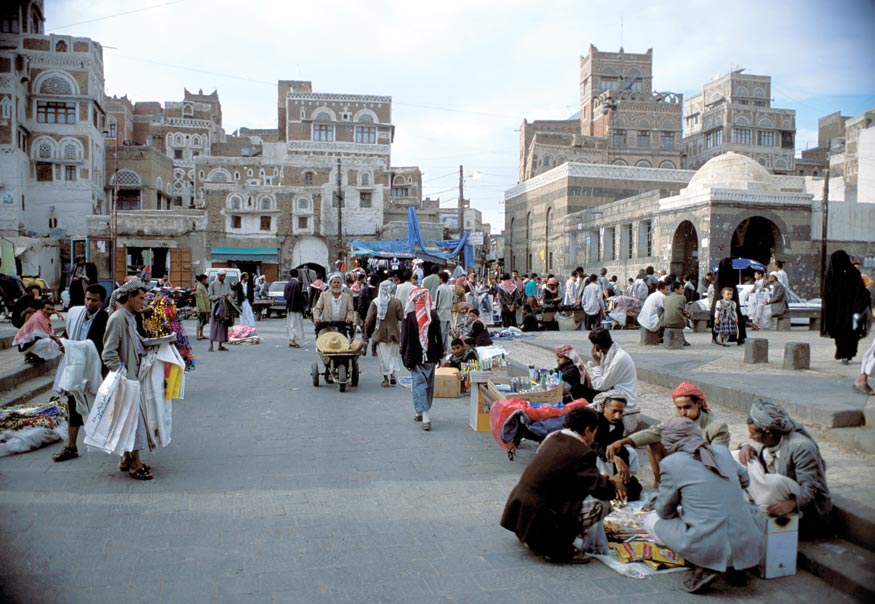 img052_sanaa20_street